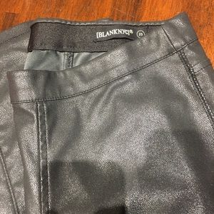 """Blank NYC """"leather"""" leggings Size 25"""